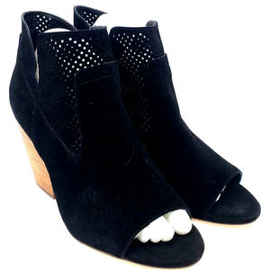 Steve Madden READY Perforated Stack Heel Bootie